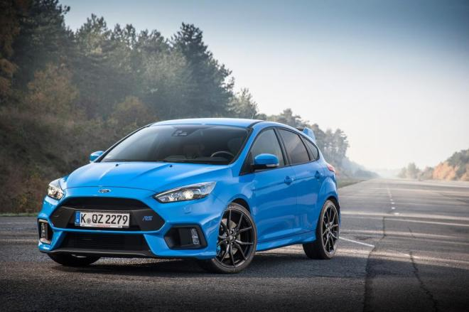 ford-focus-rs-ride-front-quarter